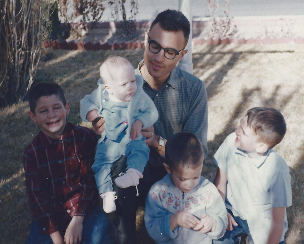 Joe Kravetz with David, Gary, Aaron and Danny in Dallas in 1964